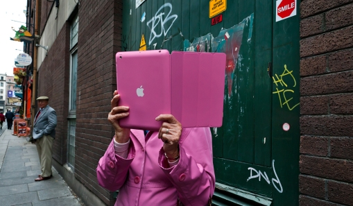 pink ipad lady / Dublin